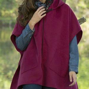 Jackets & Blazers - Hooded Fleece Poncho